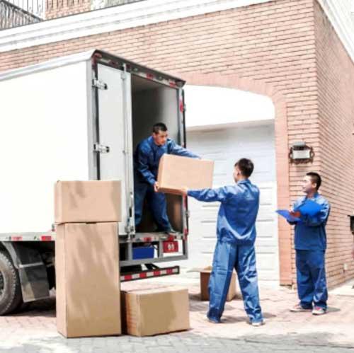 Faire appel à un déménageur professionnel : les avantages