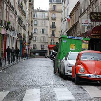 Paris : Un stationnement désormais payant pour les camions de déménagement