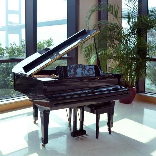 Déménager un piano droit ou à queue